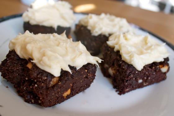 brownie,brownies, dark,chocolate,gluten,free,macadamia,nuts,peppermint,ibs,dessert,cake