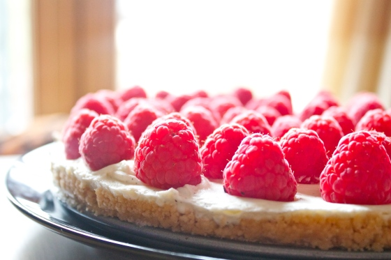 Simple, Gluten Free, easy, recipe, Queen's, Diamond, Jubilee, mascapone, vanilla, fresh, vanilla pod, shortbread, tart, base, cheesecake, easy, quick, light, natural, kate, bush, mug, keep calm and carry on, floral, plate