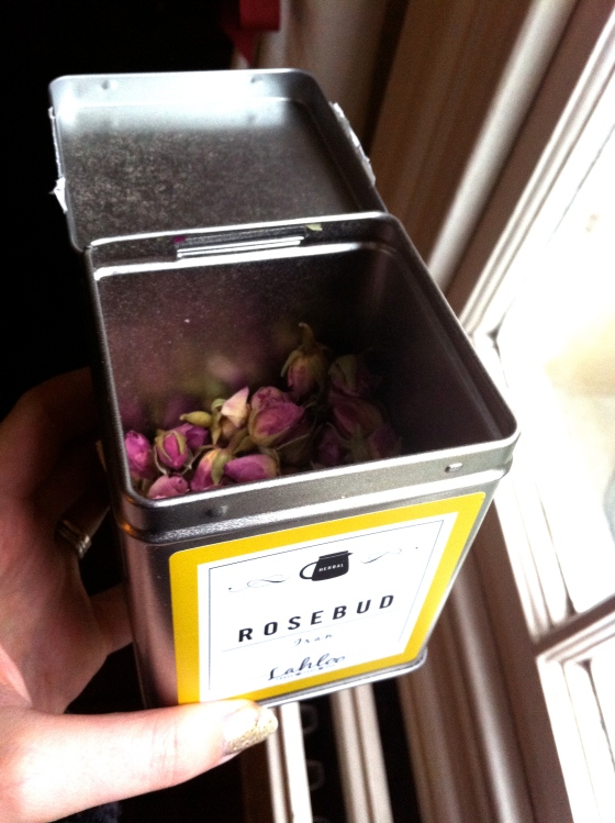 Rosebud, tea, lahloo