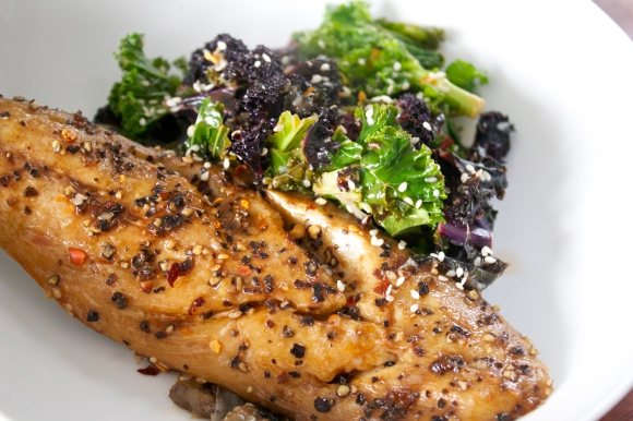 Black kale, Green Kale, kale salad, gluten free recipe, blog, uk, mackerel, tamari dressing
